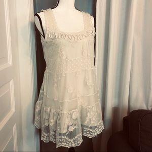 Sans Souci Lace Dress Sz M